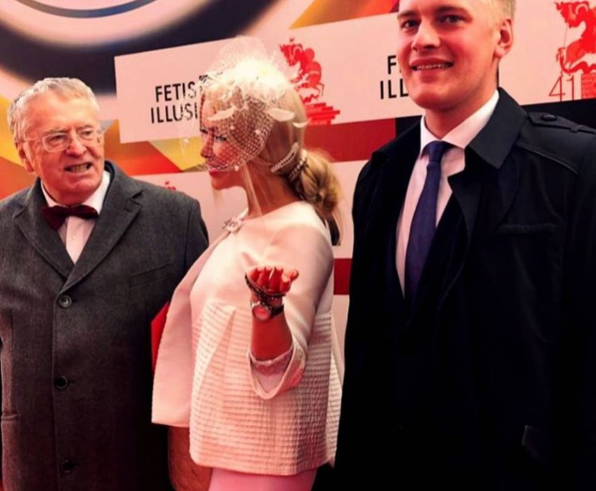 Жириновский сосватал замужнюю Алёну Кравец за своих помощников