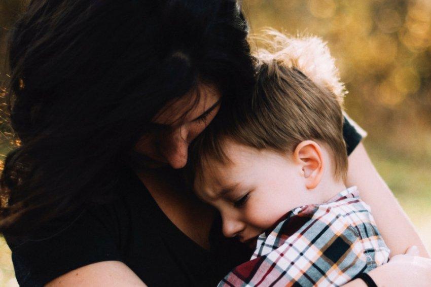Женщина, спасшая своего сына от смерти, очнулась от комы спустя 27 лет