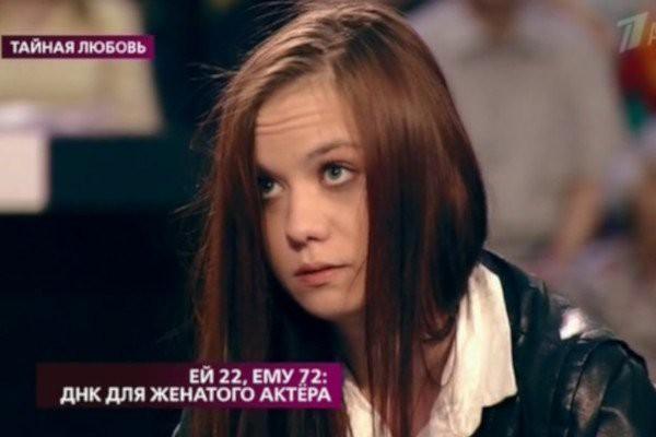 72-летний актёр Владимир Лаптев не признал внебрачную дочь своей 22-летней любовницы