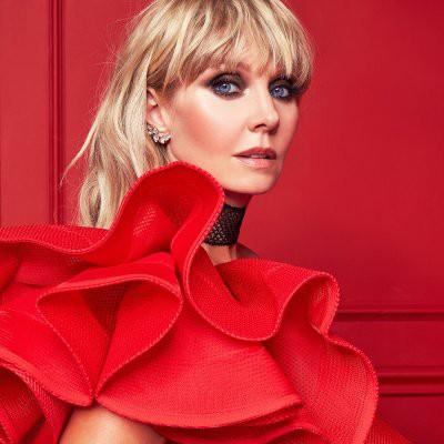 Валерия надела откровенное платье на фестивале «Жара» в Дубае