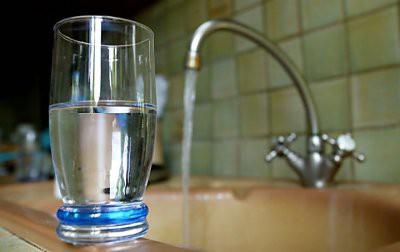Ученые: Рак развивается из-за водопроводной воды