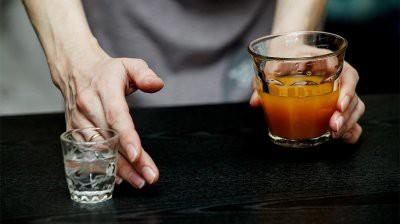 Напитки и еда, от которых нужно отказаться после 50 лет