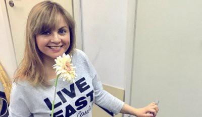 Юлия Проскурякова оскандалилась из-за поста о трагедии SSJ-100 в «Шереметьево»