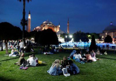 Туристам дали советы по поведению в арабских странах во время Рамадан