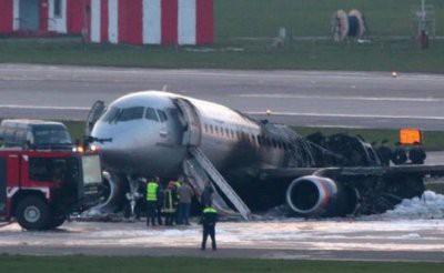 Петицию за запрет полетов SSJ 100 подписали свыше 138 000 человек