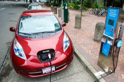 В 2030 году в Амстердаме останутся только электромобили и велосипеды