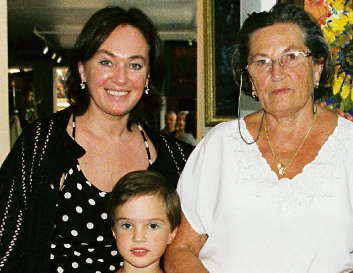 Гузеева призналась в попытке суицида после смерти матери