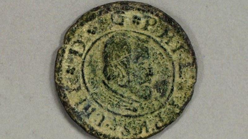 В США нашли старинные испанские монеты: как они там оказались - остается загадкой