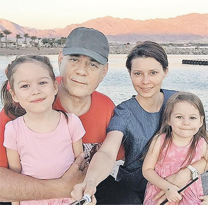 Нелюбовь дочерей или изношенное сердце: что сгубило Сергея Доренко