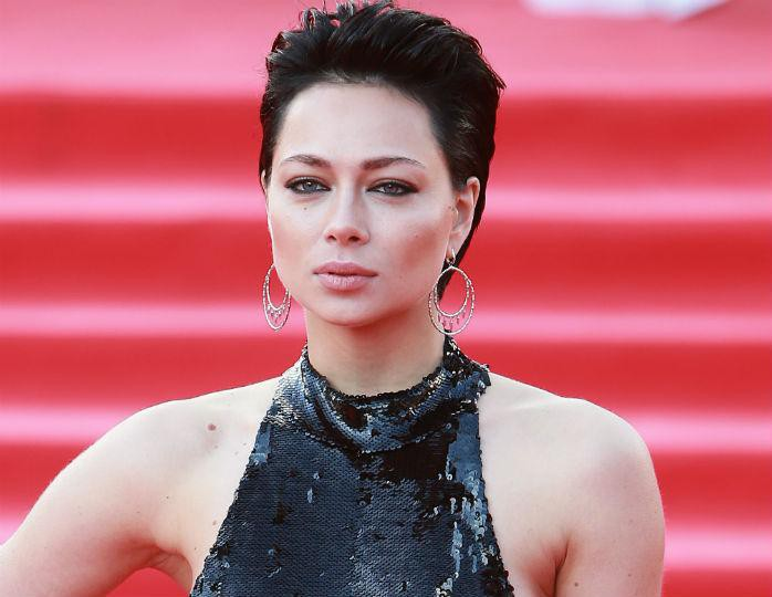 Настасья Самбурская рассказала, что встречалась с парнями с сайта знакомств за еду