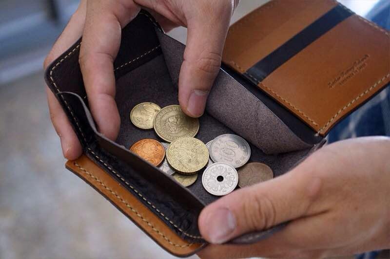 Самые сильные обереги от бедности и финансовых проблем