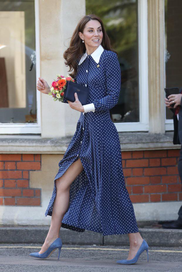 Королевский инсайдер рассказал, откуда у Кейт Миддлтон ТАКИЕ ноги, которые даже принц Гарри назвал «убийственными»