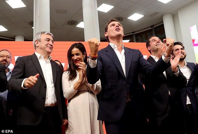 СМИ нашли двойника Меган Маркл среди кандидатов в мэры Мадрида