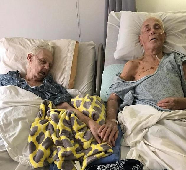 Супруги прожили вместе более 60 лет и умерли одновременно, взявшись за руки