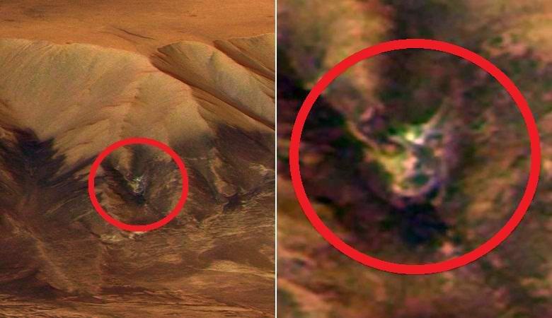 """Глаза, рот и небольшие рога: на снимке с Марса обнаружена """"голова демона"""""""