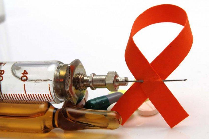 Восемь мифов про ВИЧ