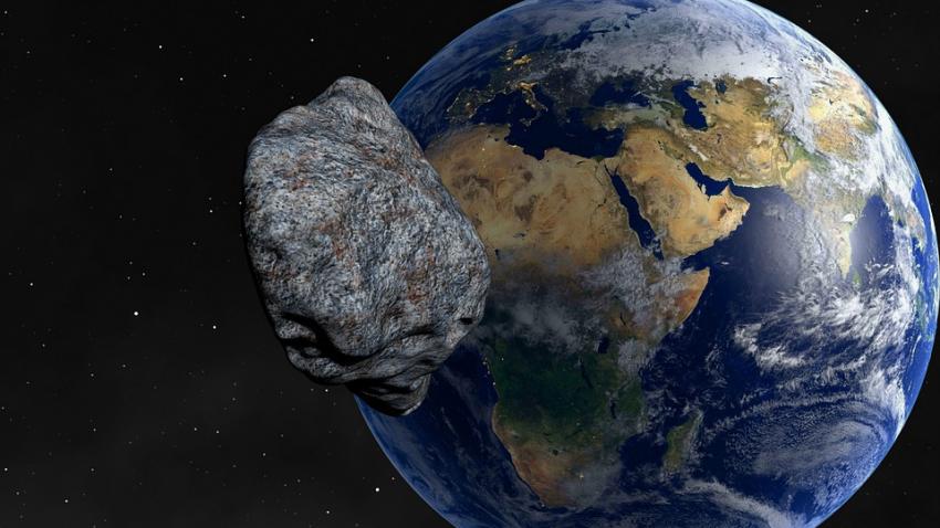 В пятницу 13-го к Земле подлетит огромный астероид
