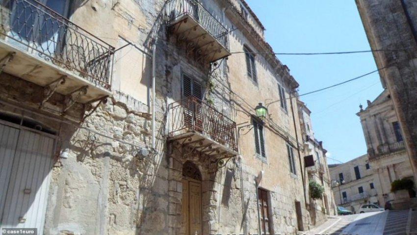 Итальянский город выставил на продажу 500 домов мечты по 1 евро, но есть ньюанс