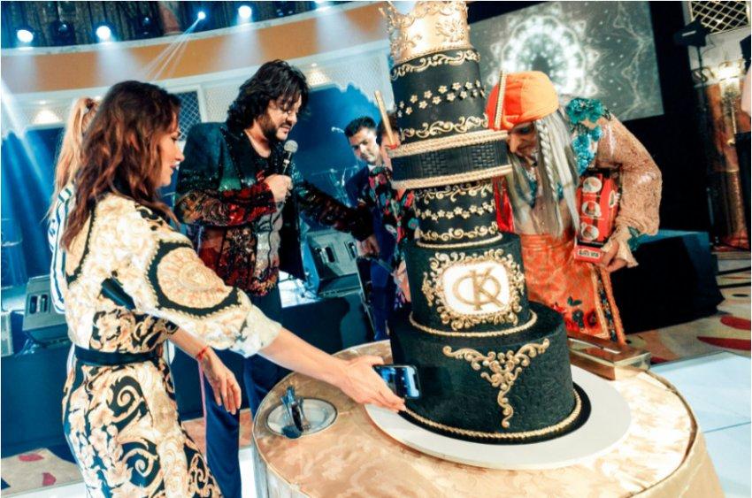 День рождения Киркорова собрал всю звездную элиту – поздравить поп-короля прилетела даже Баба Яга