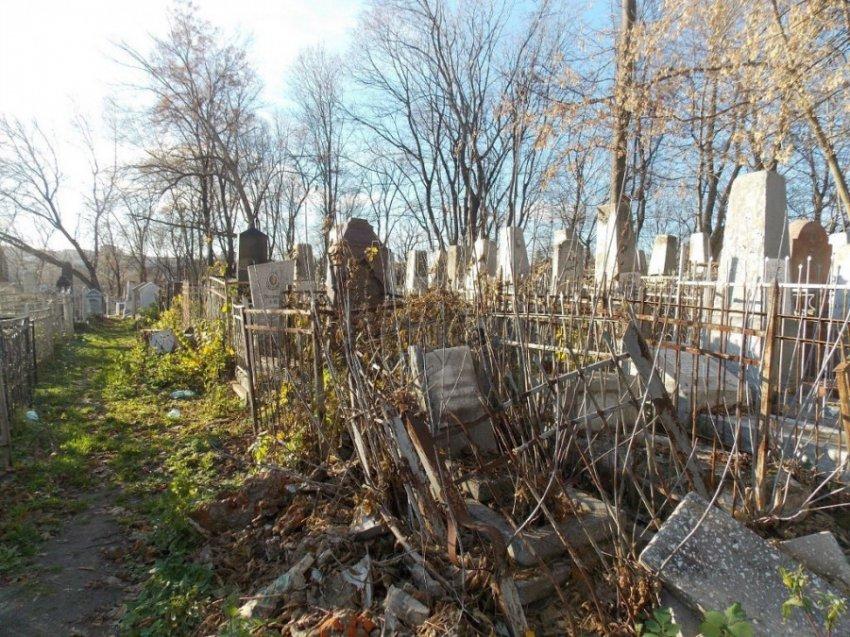 В России планируют узаконить платные кладбища