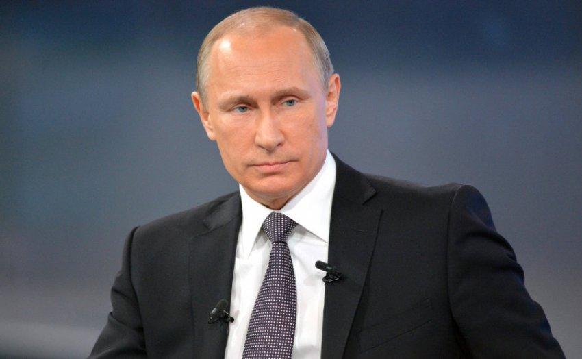 В Кремле объяснили, почему Путин не поздравил Зеленского с Днём Победы