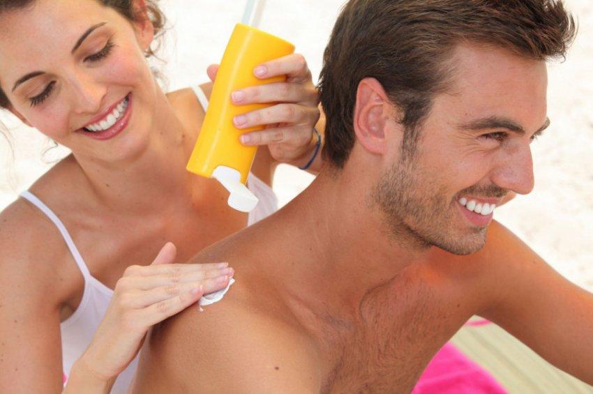 Стала известна главная опасность солнцезащитного крема