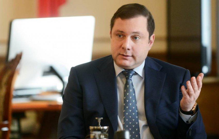 Губернатор назвал свою подписчицу «шизоидной дурой», а после признался во взломе