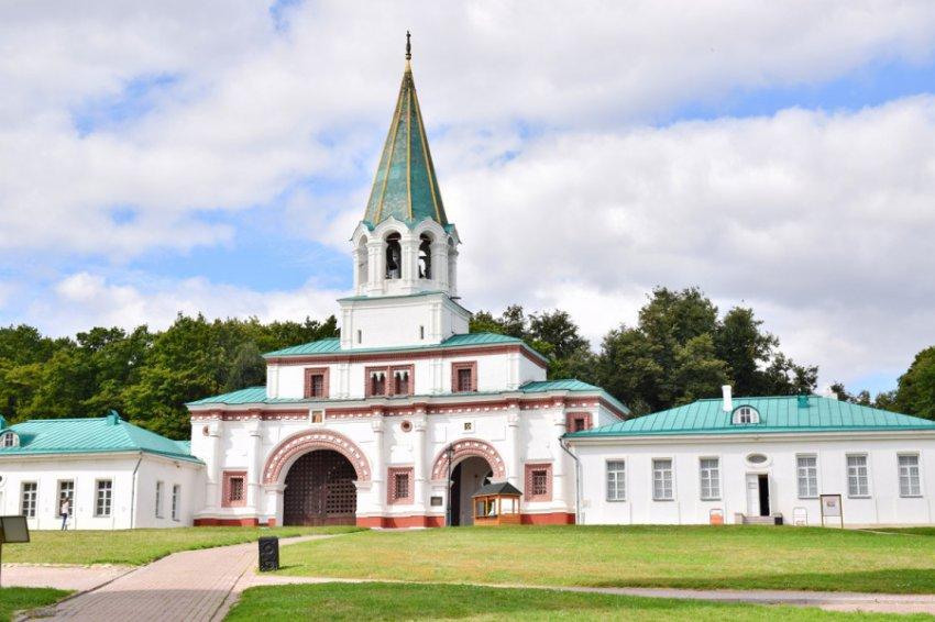 Танцы и фитнес в парке «Коломенское»: в музее-заповеднике пройдет фестиваль Reebok