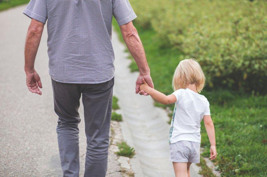 «Отец года»: житель Коми привёл домой из детского сада чужого ребёнка