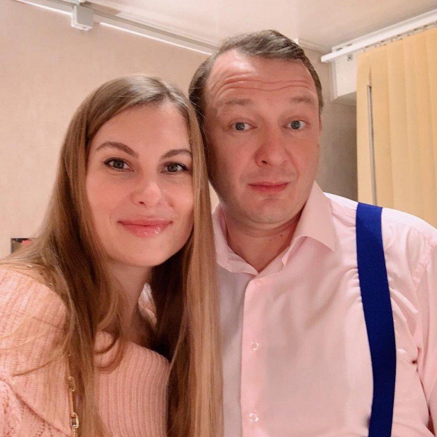После развода экс-супруги Башаровы вместе посетили концерт Би-2
