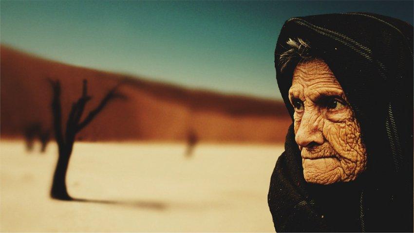 Почему люди так мало живут? ДНК человека рассчитана на 440 лет: в организме запускаются процессы старения