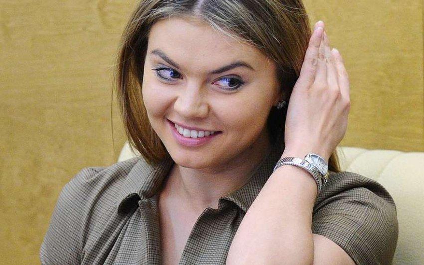 Не та Кабаева родила? Слухи о двойне Алины Кабаевой пытались развенчать журналисты