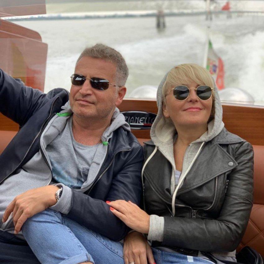 Подписчики Агутина в восторге от его отношений с женой