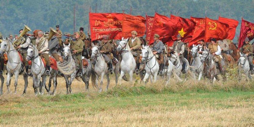 «Красные» против «белых»: цвета противников в Гражданской войне