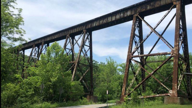 На мосту, где живет монстр Человек-Козел, продолжают гибнуть люди