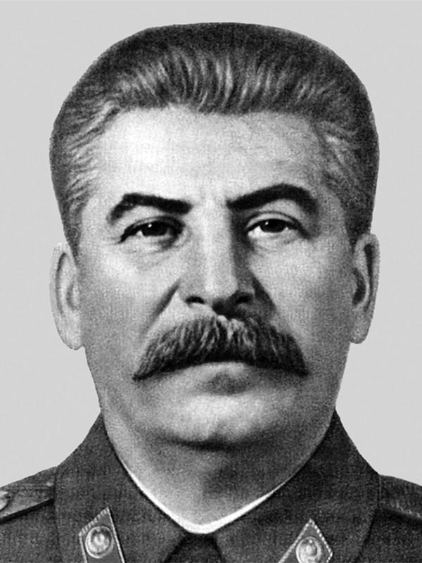 Иосиф Сталин: 6 фактов о великом вожде Советского Союза