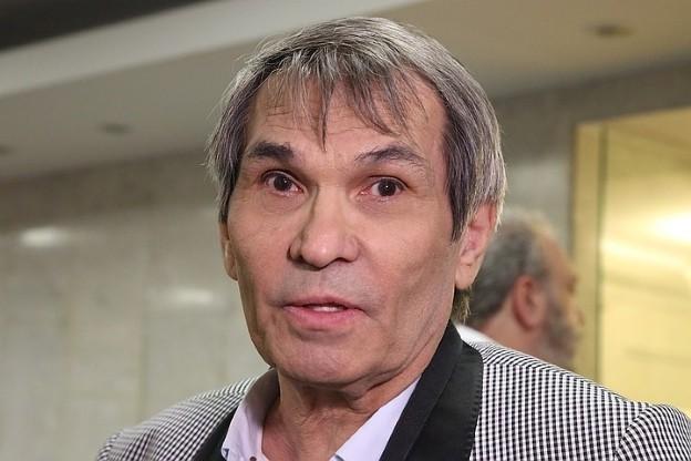 СМИ сообщили, что Бари Алибасов умер, но близкие продюсера опровергают эту информацию
