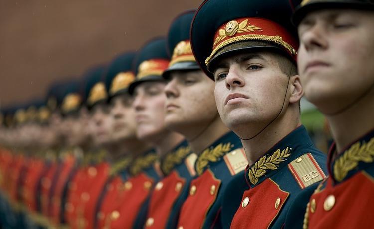 На случай войны на российских мужчин решено завести «генетический паспорт»