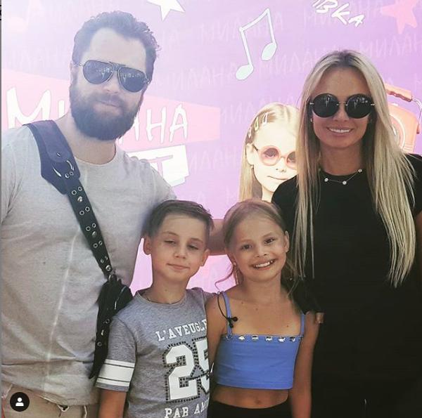 Виталий Гогунский и Ирина Маирко встретились на концерте дочери Миланы