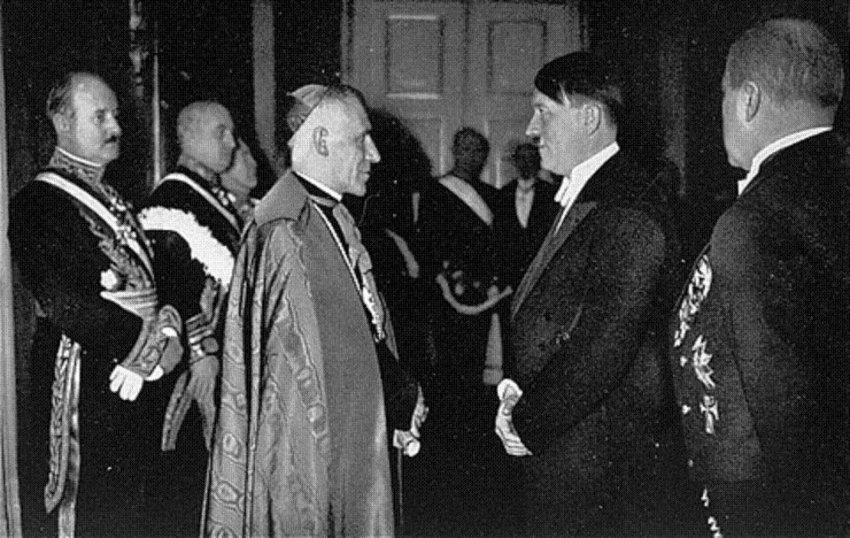 Самое загадочное место в мире: 3 секретных факта о Ватикане