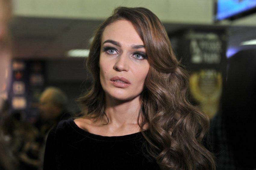 Алена Водонаева впервые сделала себе «укол красоты»