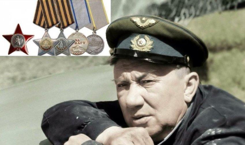 Бесплодие, копеечные роли и не усыновленный сирота: трагедии жизни Алексея Смирнова