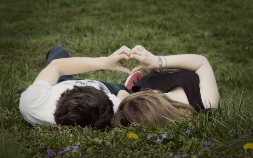 Любовный гороскоп на июль для знаков огненной и земной стихий