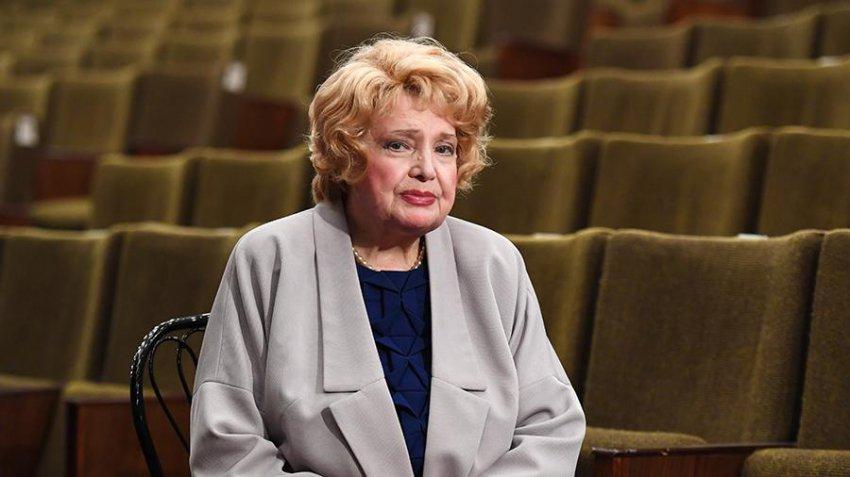 Артисты МХАТа попросили президента вернуть им Татьяну Доронину