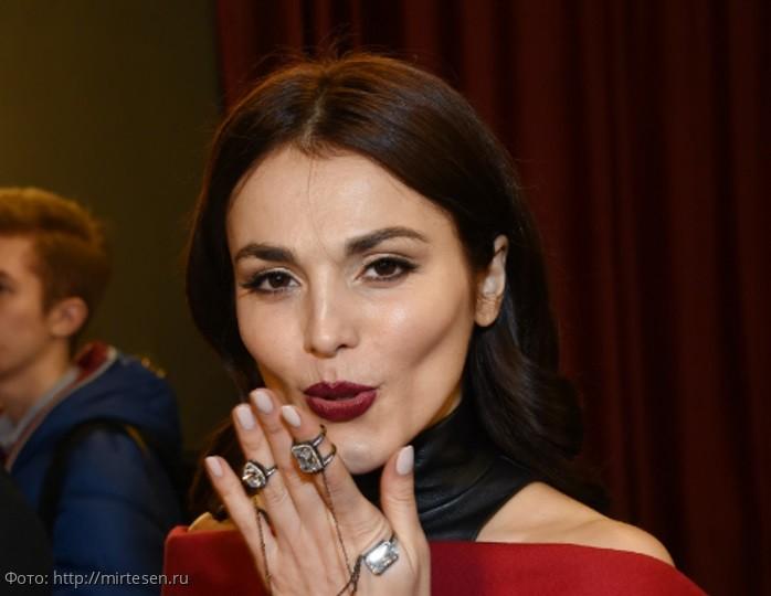 Сати Казанова напугала мужа и поклонников «новыми» огромными губами