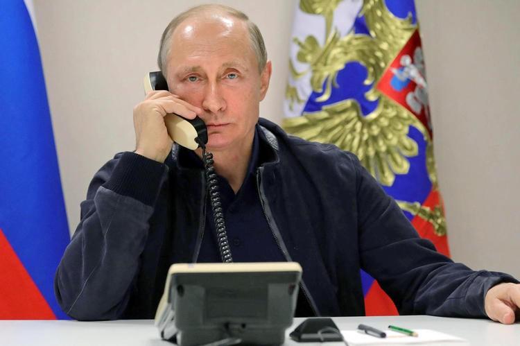 О чем разговаривали Путин и Зеленский