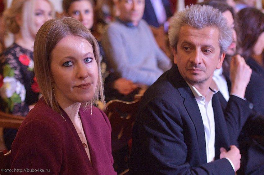 Татьяну Брухунову заподозрили в романе с Максимом Виторганом