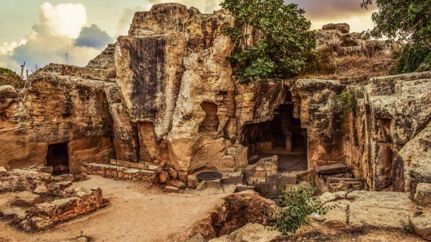 Археологи во время раскопок столкнулись с мистическими событиями