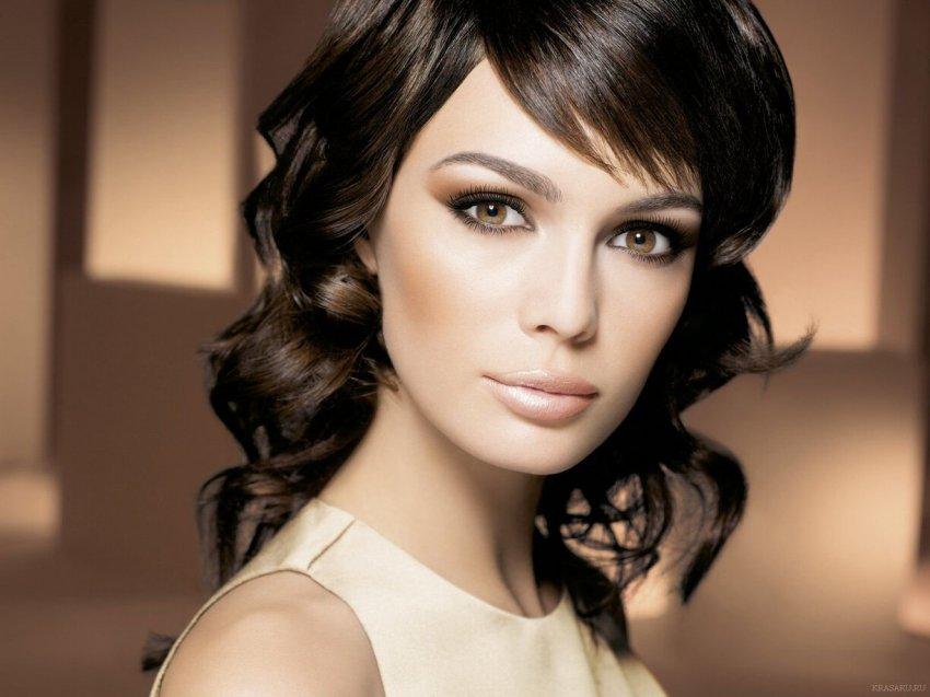 Василиса Володина подсказывает: какой макияж выбрать представительницам каждого знака Зодиака