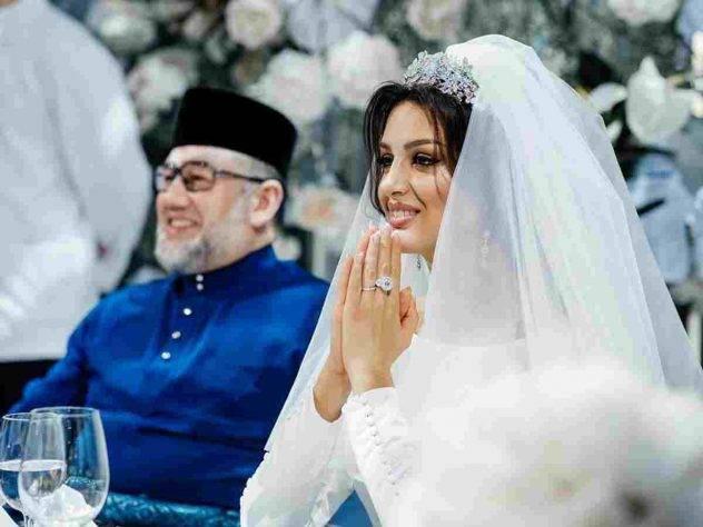 Бывший король Малайзии сожалеет о браке с российской моделью